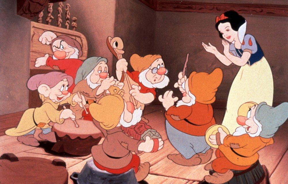 Анимация, белоснежка и семь гномов мультфильм 1937 картинки