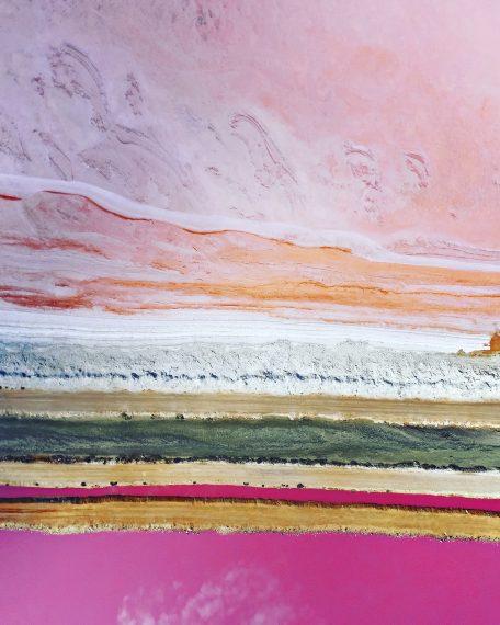 Розовое озеро, Ли Миллер, Австралия. Снимок, сделанный с помощью дрона, показывает все оттенки розового на озере Лагуна Хатт, Западная Австралия. Второе место в категории «пейзаж»