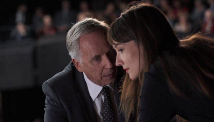 Алиса и мэр